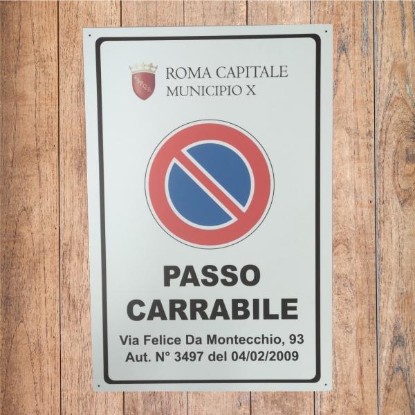 cartello passo carrabile via amontecchio