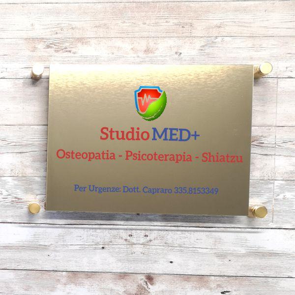 targa studio medico in plexiglas e abs oro